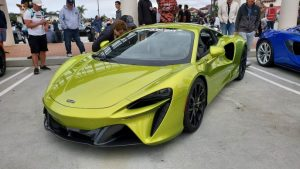 New McLaren Artura at South OC Cars and Coffee